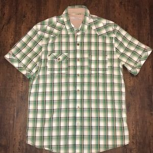UEC men's 7 Diamond green button down shot XL